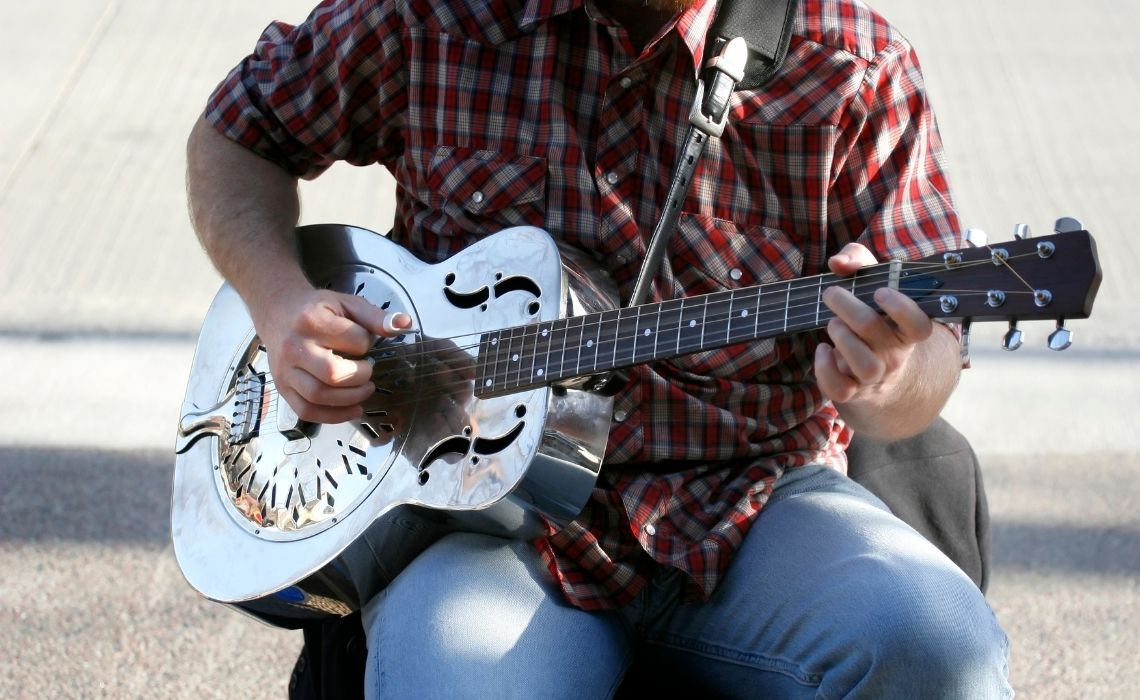 A walking tour of Nashville will take you to the heart of country music
