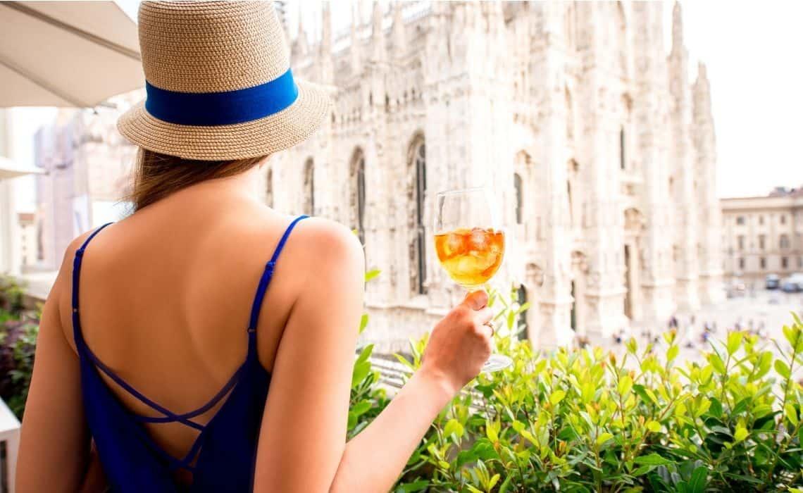 Walking tour of milan aperitivo