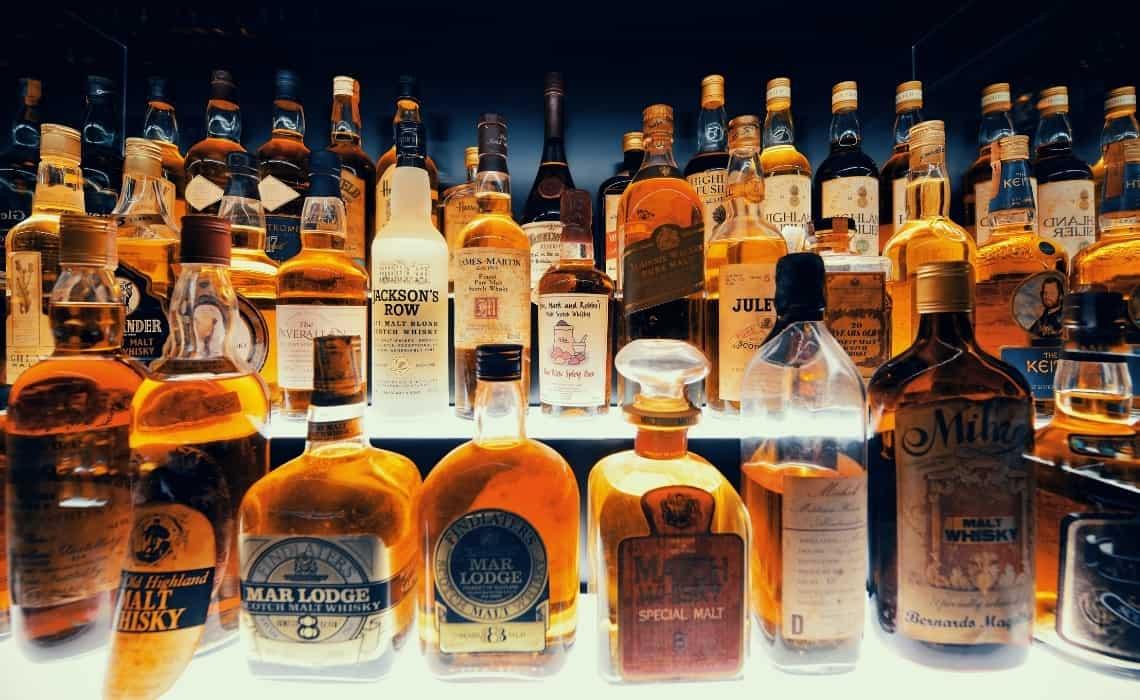 Whiskey Tasting on walking tours of Edinburgh