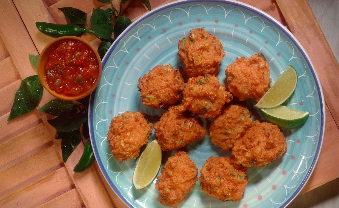 conch fritters what to eat in St. Augustine
