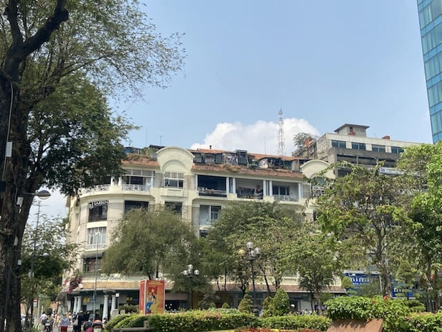 10. Pittman Apartment and Catinat building