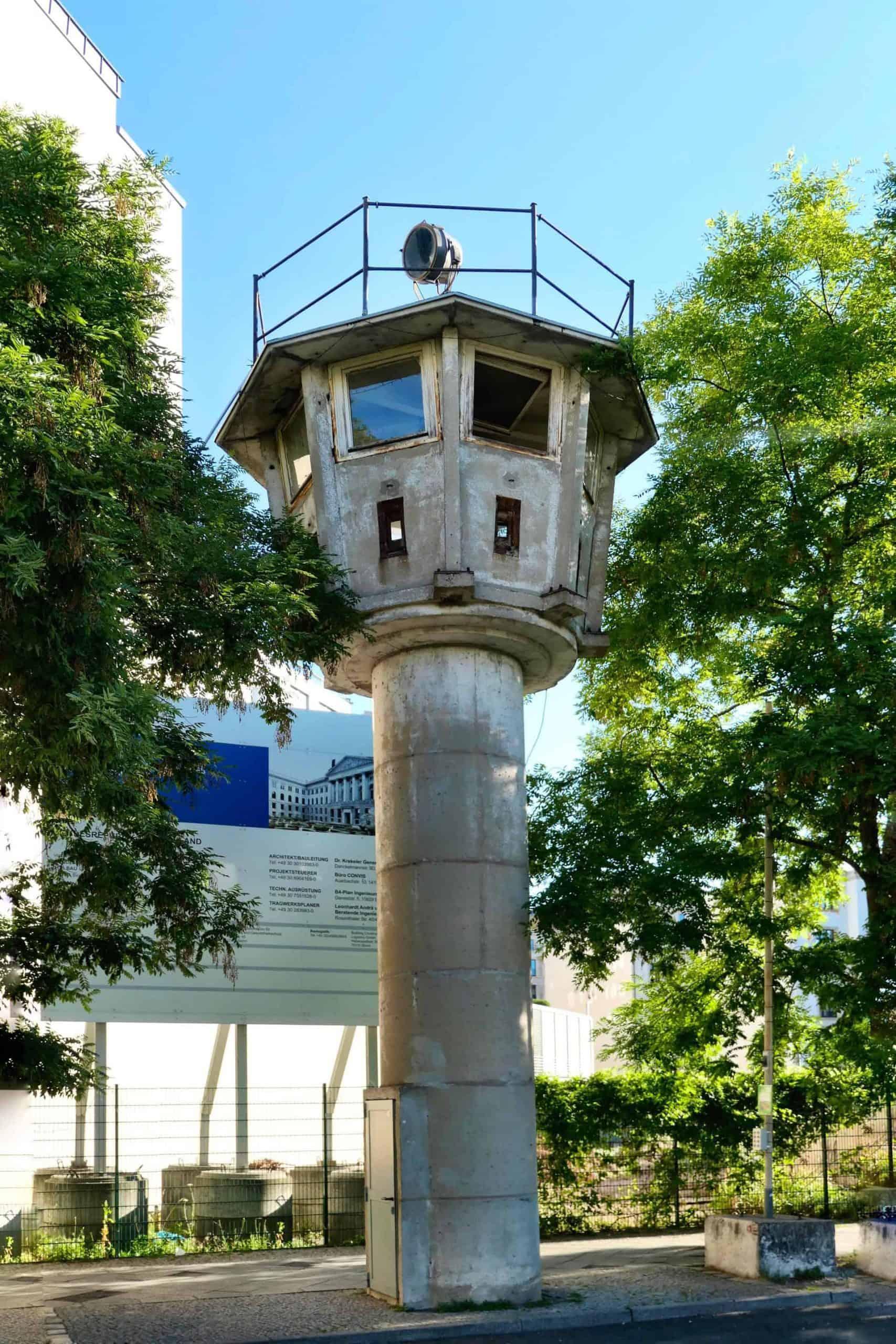 BerlinTour_JeffO_GDRWatchtower_Stop2