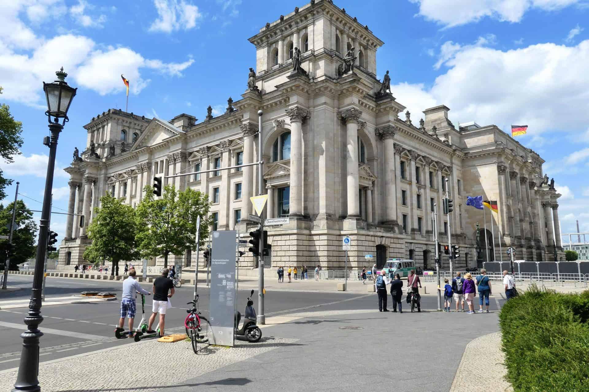 BerlinTour_JeffO_Reichstag_Stop11