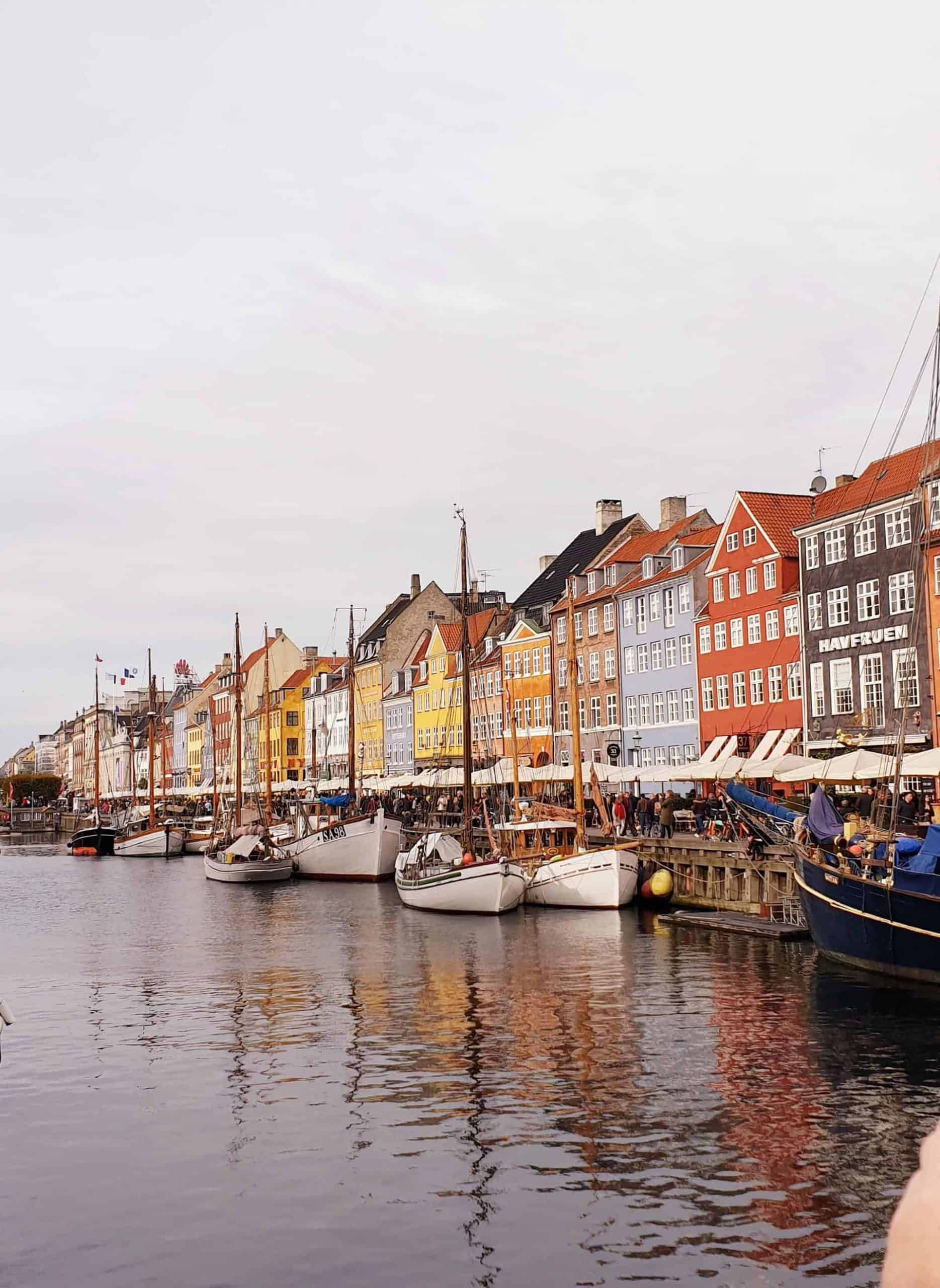 Copenhagenroyaltour_point5_NyhavnNewHabour