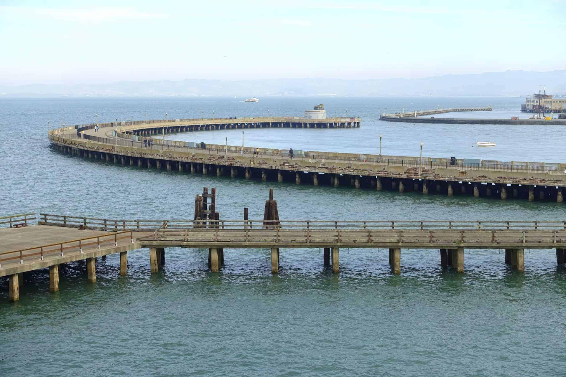 TP1_Municipal_Pier_(Aquatic_Park_Historic_District)_-_San_Francisco,_CA_-DSC02359