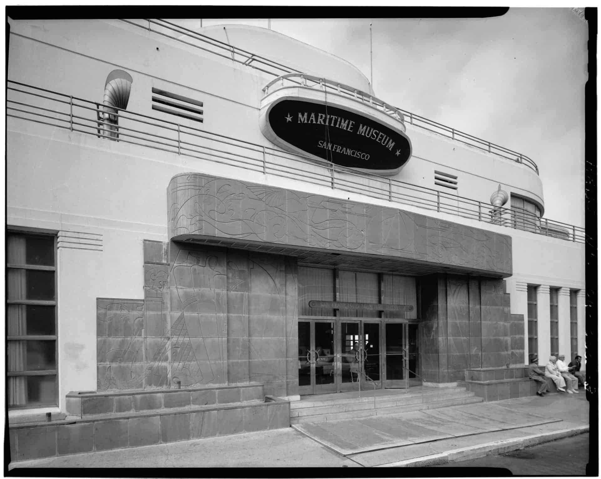 TP2_ENTRANCE_-_Aquatic_Park_Bathhouse,_Beach_Street,_West_of_Polk_Street,_San_Francisco,_San_Francisco_County,_CA_HABS_CAL,38-SANFRA,157-3
