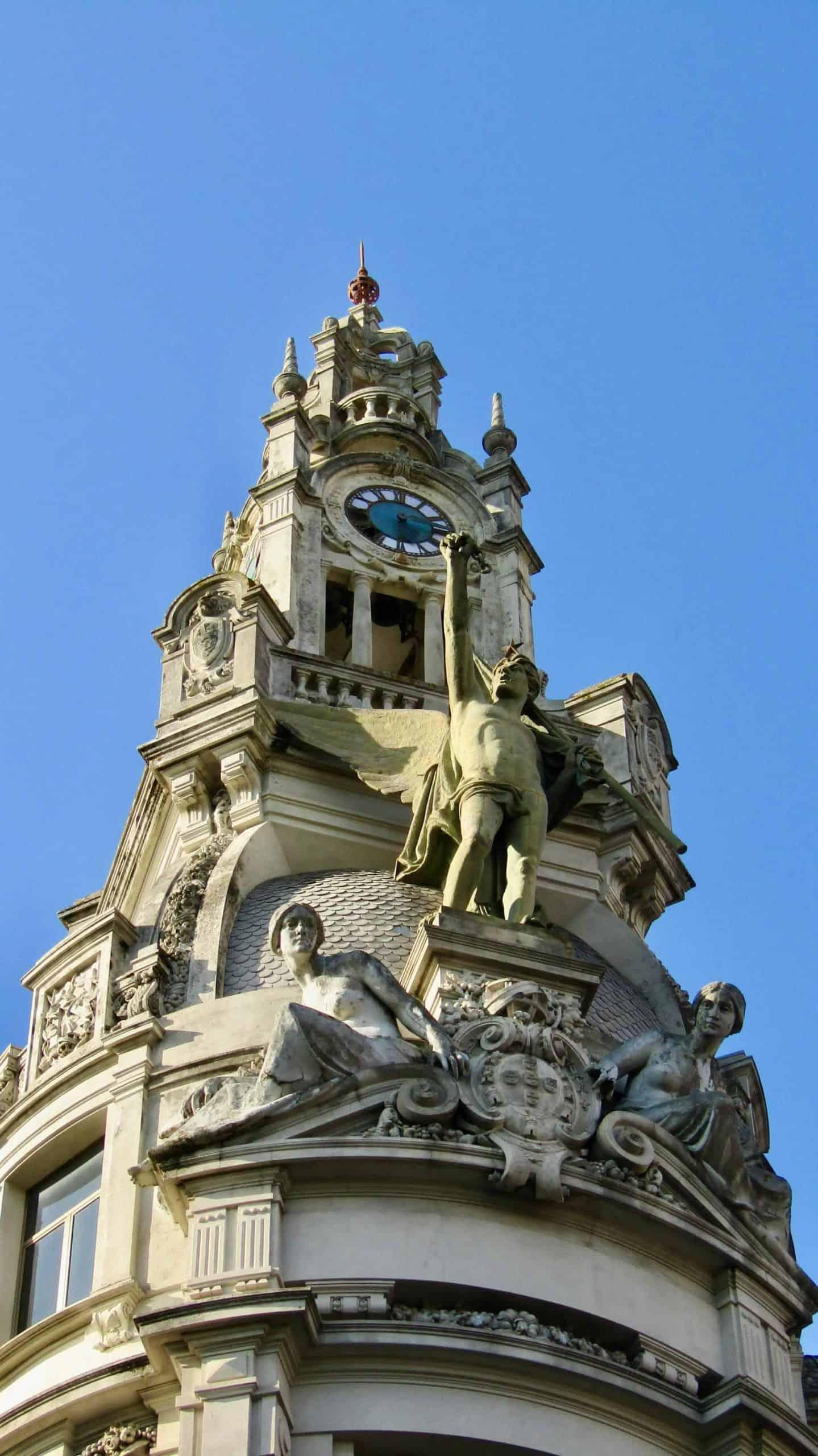 Porto_tourpoint8_Aliados_cornerbuilding_detail_4