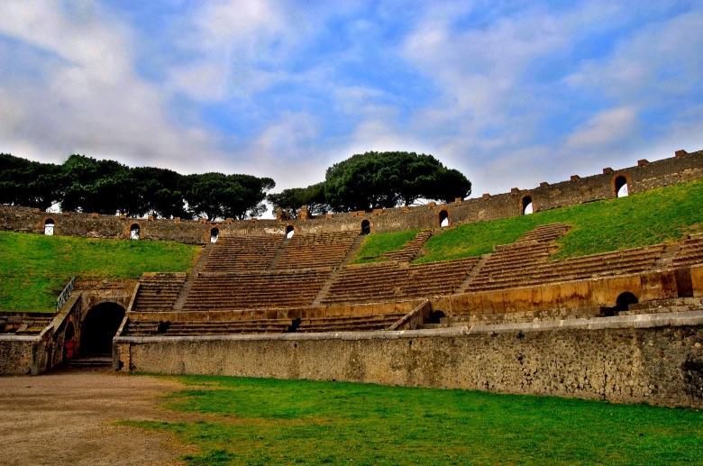 essential_pompeiiampi