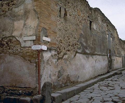 essential_pompeiivetti