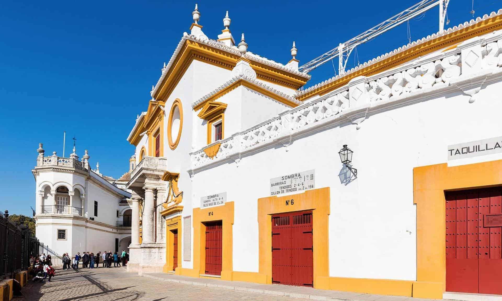 essential_seville_point13_Plaza de Toros de la Maestranza