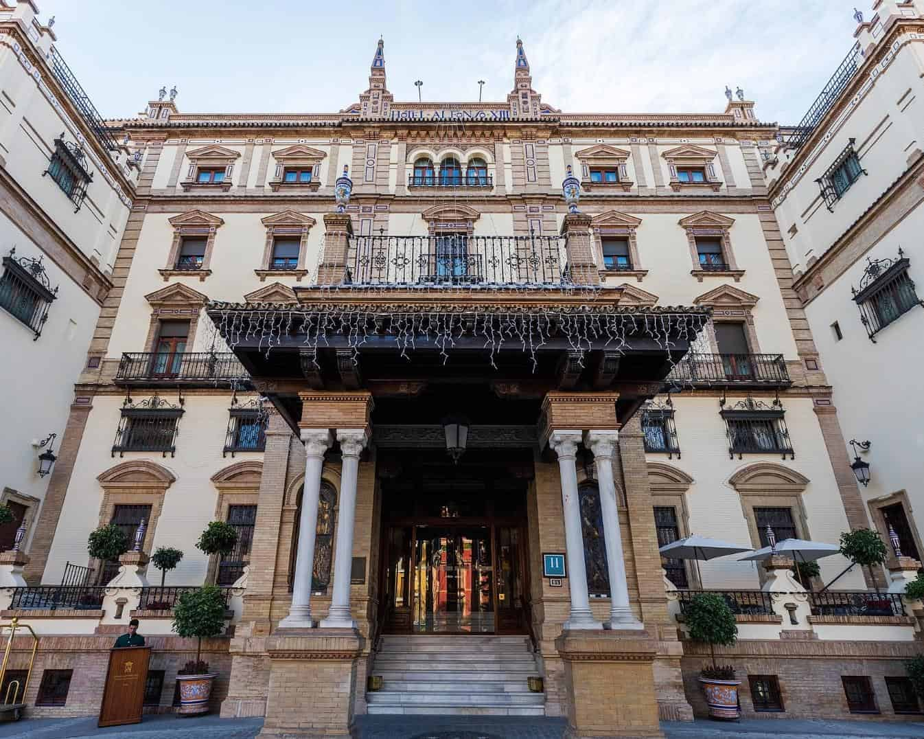 essential_seville_point6_hotelalfonso
