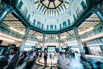 essential_tokyo_Point 5 -Tokyo Station - takahiro-taguchi-557228-unsplash