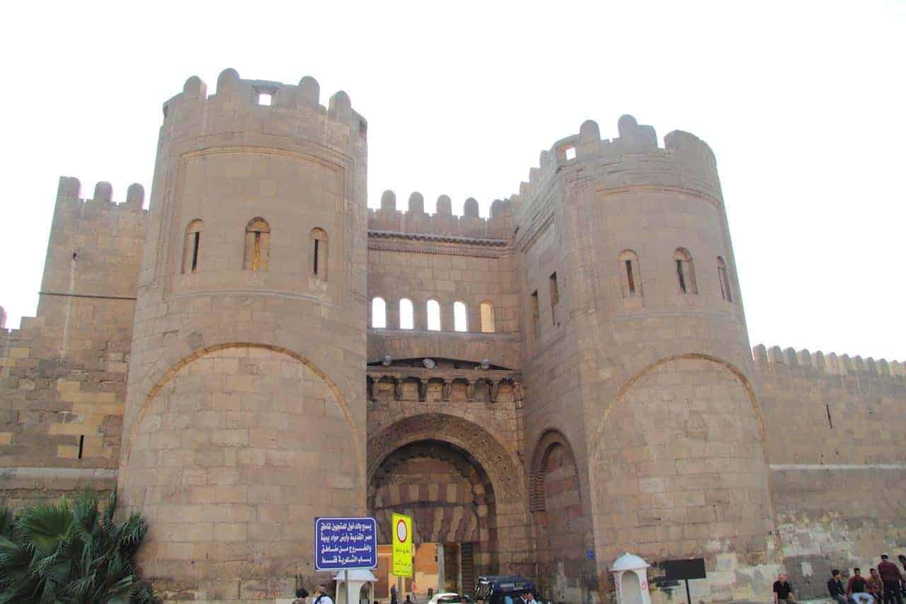 essentialcairoCairo_-_Bab_al-Futuh_02