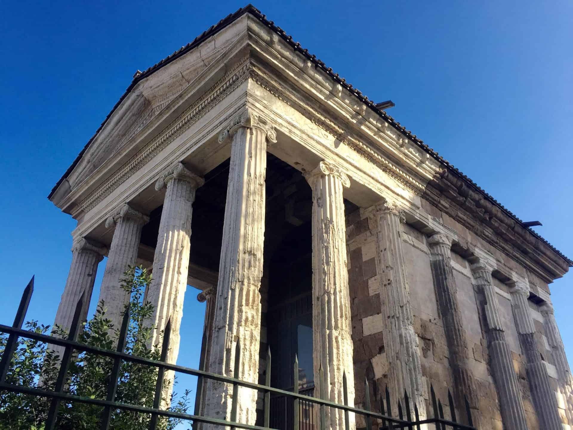 rome_fromcapitoline10) Temple of Portunus