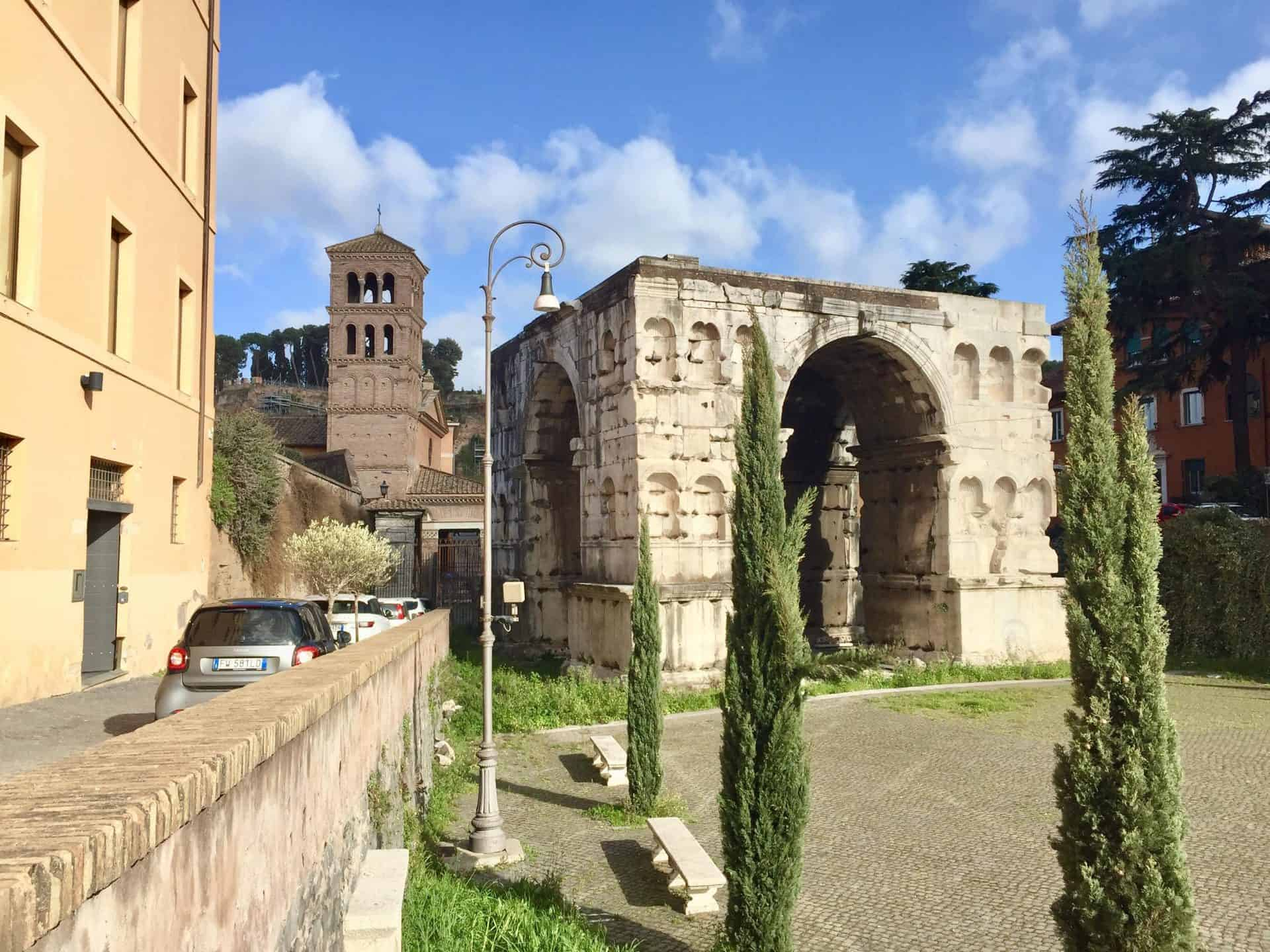 rome_fromcapitoline6) Arch of Janus