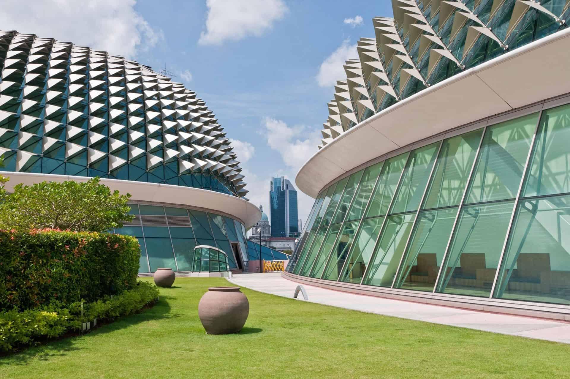 singapore_essential_esplanade_architecture-3133122