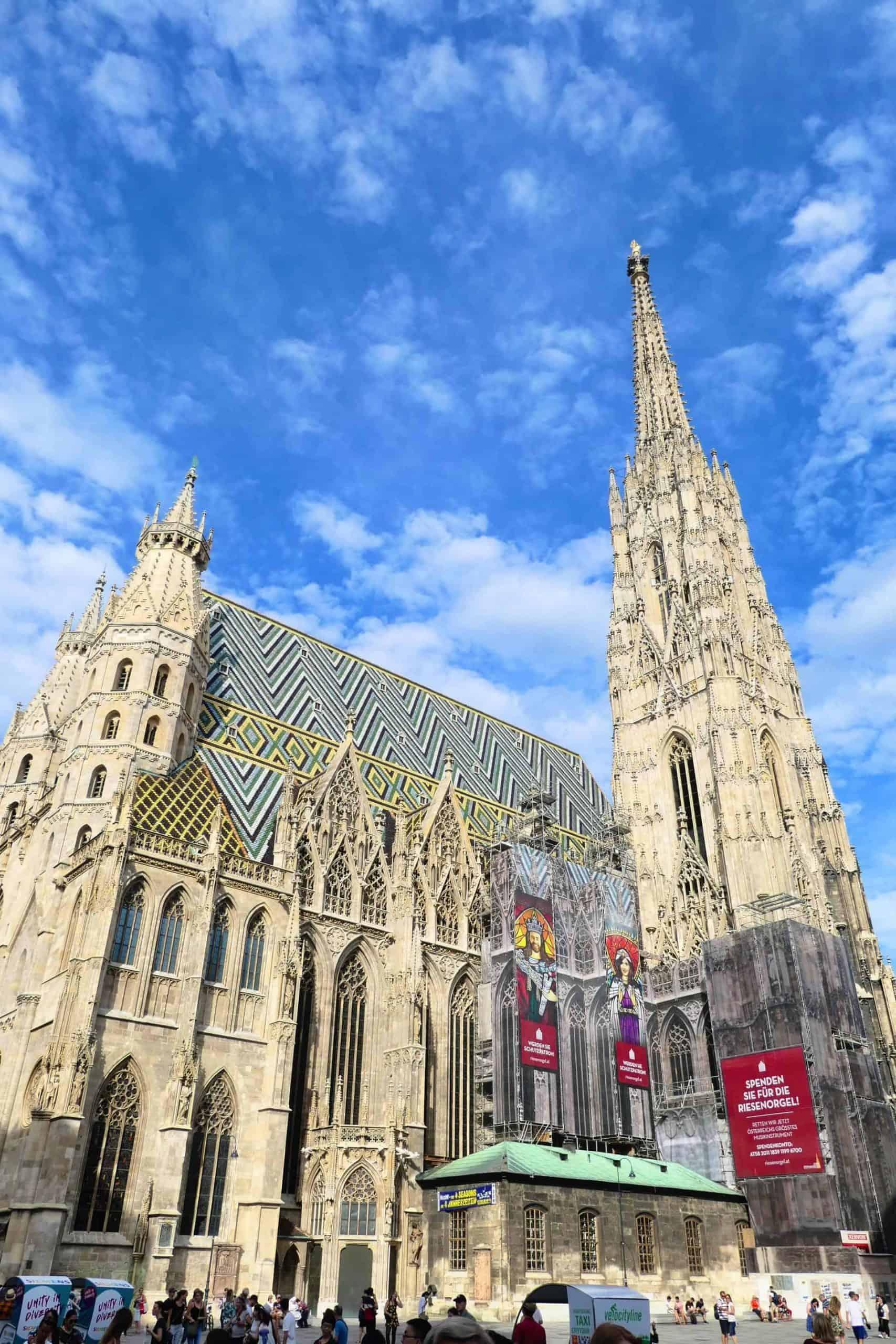 vienna_essential_ViennaTour_JeffO_StStephensCathedral_Stop11